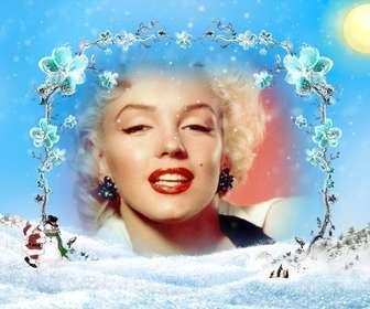 """Modèle / cadre photo d""""un paysage enneigé avec un cadre de branches de fleurs de glace dans lequel insérer une photo, surtout à Noël."""