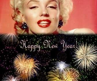 """Carte de Noël, nous avons accueilli la nouvelle année en anglais. On peut insérer une photo au-dessus d""""un ciel de nuit de feux d""""artifice."""