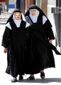 """Photomontage d""""une nonne, de faire un montage amusant et une blague."""