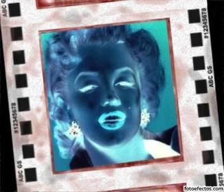 Effet négatif pour les photos. Inverse couleurs et place votre photo dans le cadre dun négatif révélé.