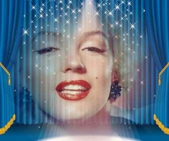 Photomontage dans lequel vous apparaîtrez sur une scène avec lumières et rideaux bleu.