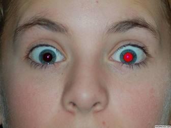 Retirez les yeux rouges de votre photo en ligne.