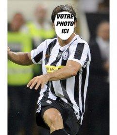 Faux pic de Diego de la Juventus à Milan. Placez votre visage sur le corps du célèbre joueur de football.