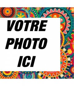 Cadre avec des détails colorés et ethniques pour décorer vos photos pour