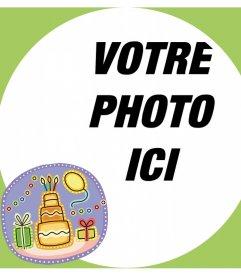 Carte avec un cadre pour votre photo et un autocollant avec un gâteau danniversaire
