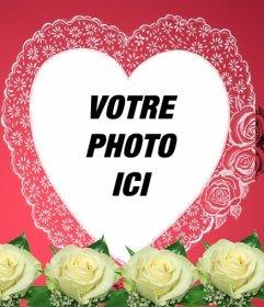 """Photomontage constitué d""""un rose romantique dans votre photo apparaît dans un cadre en forme de cœur accompagné de fleurs et de papier d""""emballage. Idéal pour les amoureux. Pour envoyer un e-mail cette Saint-Valentin"""