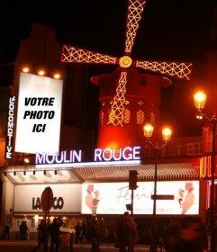 Ajoutez votre photo à une affiche publicitaire de Dior dans le Moulin Rouge, dans le quartier rouge de Paris