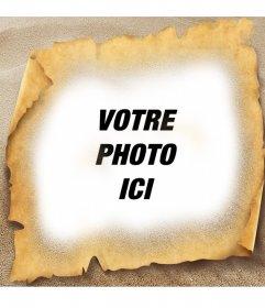 Cadre photo de papyrus sur la plage. Mettez votre photo avec un style de carte tresure avec ce cadre photo