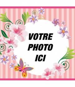 Postal pour le jour de la mère avec un fond rose avec des fleurs et des papillons pour personnaliser avec une photo et un texte pour la féliciter