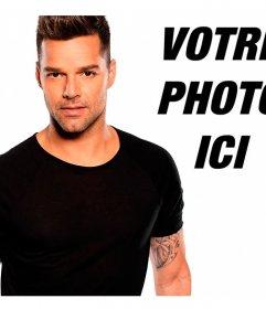 Pose avec le chanteur Ricky Martin avec ce spectacle. Ajouter une photo