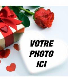 Carte damour dans laquelle theres un cadeau, coeurs et une rose. Vous pouvez mettre votre image à lintérieur dun coeur