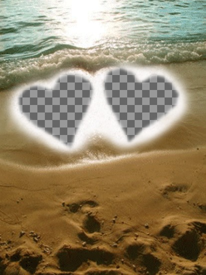 Créez une carte personnalisée pour la Saint-Valentin en ligne. Fonds pour les deux photos, représenté avec deux coeurs dans le sable sur la plage comme un cadre