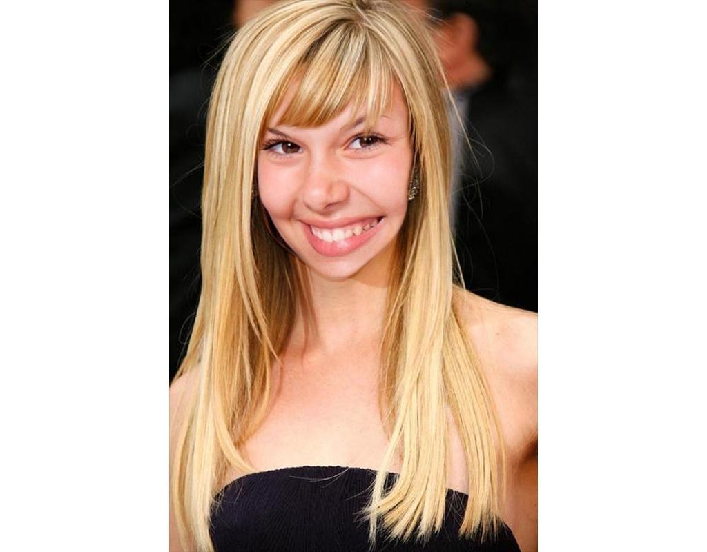 Photomontage pour changer votre coiffure en ligne et être blonde
