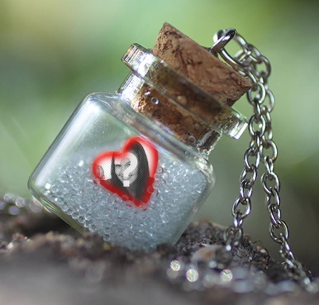 Effet de mettre votre photo à lintérieur dune bouteille dans un cadre en forme de coeur