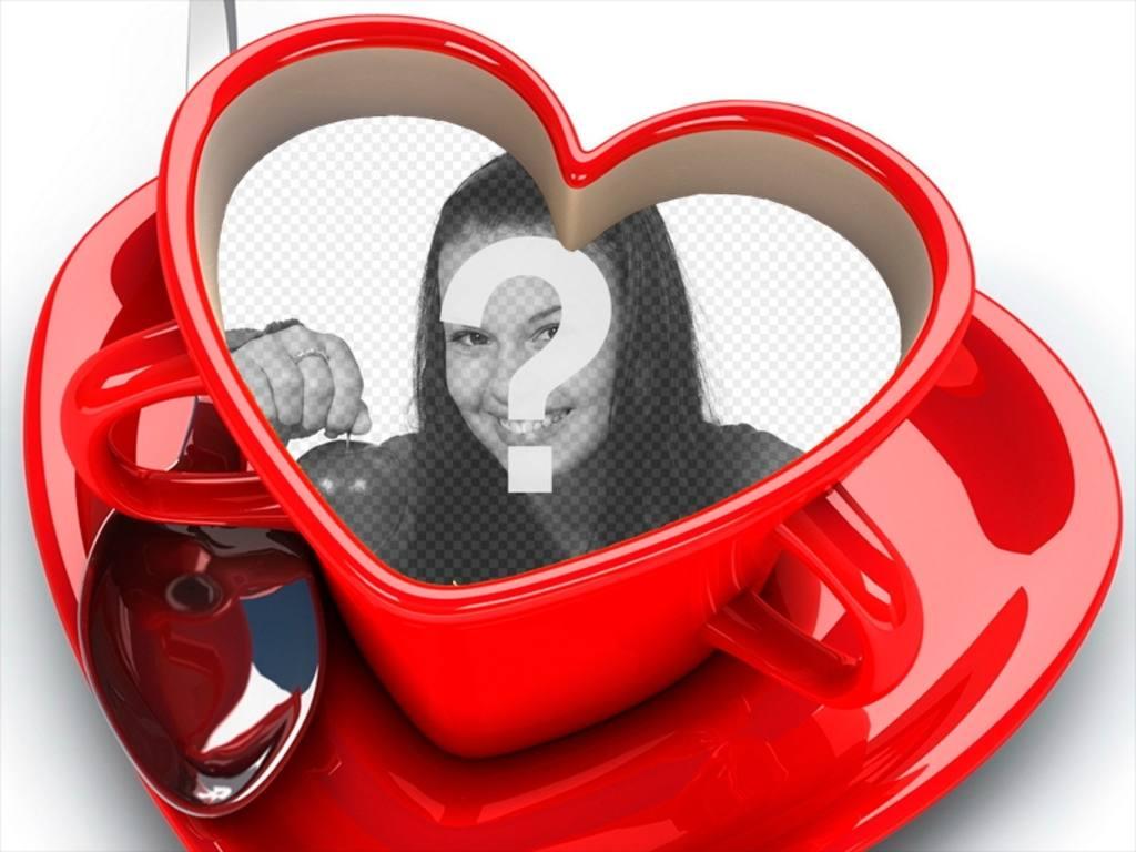 Tasse de café avec le coeur en forme de votre photo à lintérieur