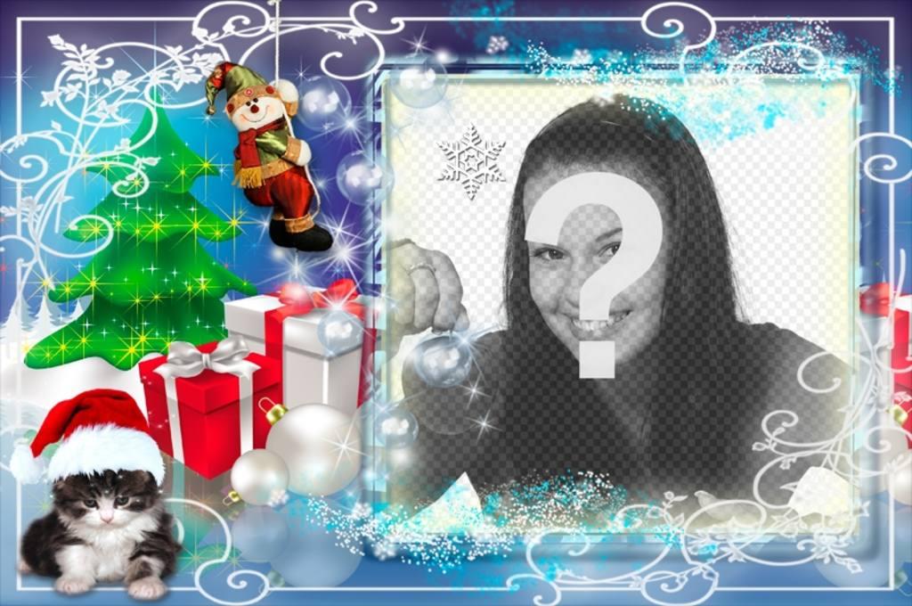 Cadre photo de Noël avec plusieurs cadeaux et un chaton